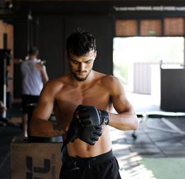 Na co zwrócić uwagę przy wyborze rękawic do MMA?