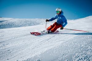 Spodnie narciarskie- co powinieneś o nich wiedzieć?
